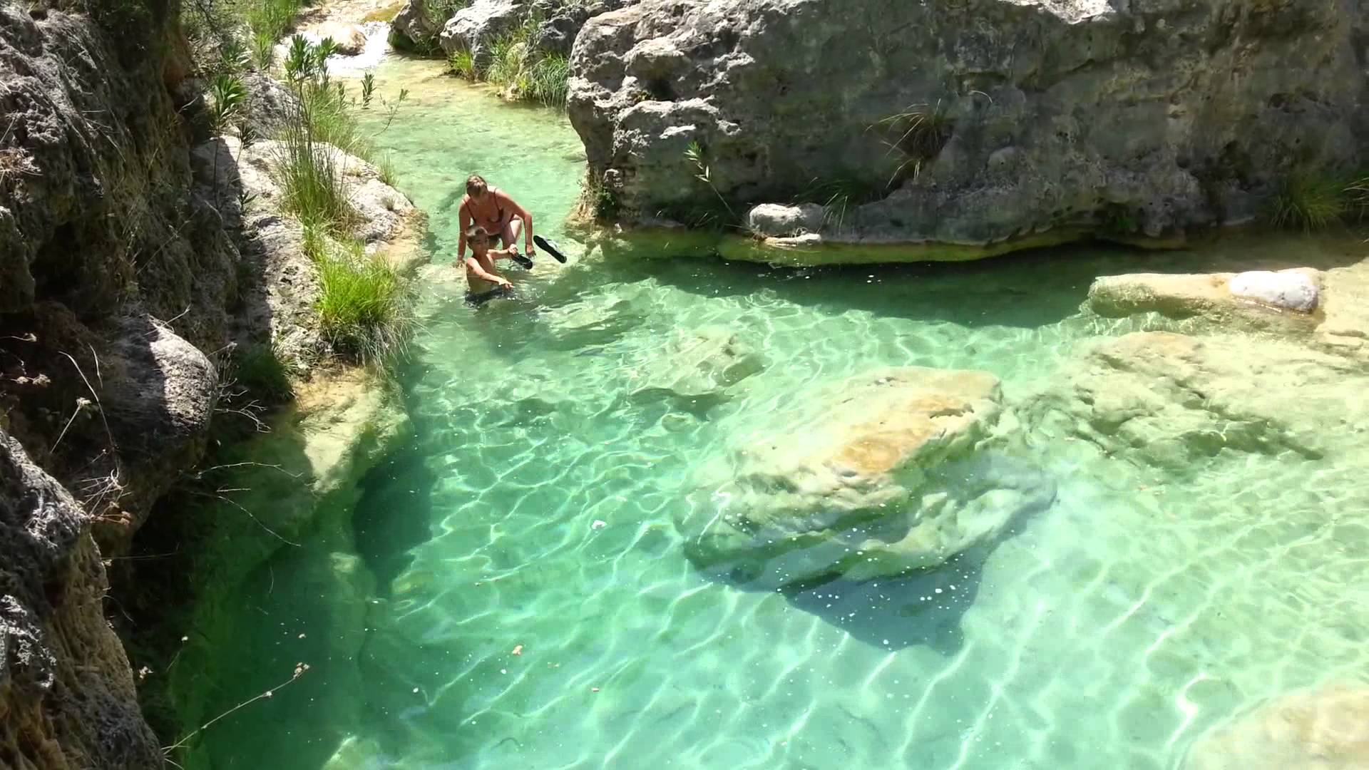 Piscinas naturales de la comunitat valenciana colegio for Escapada rural piscinas naturales
